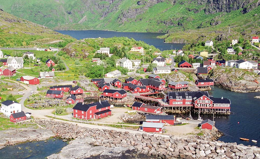 Das Fischerdorf Å liegt am Ende der Lofoten.