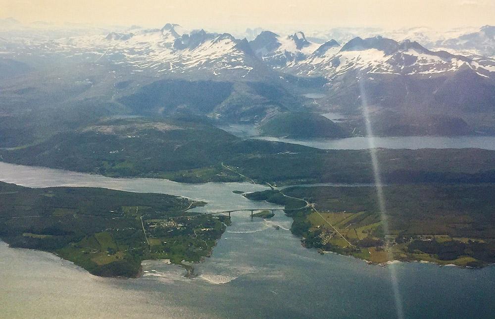 Angeln am Saltstraumen – hinter der Brücke beginnt der Skjerstadfjord