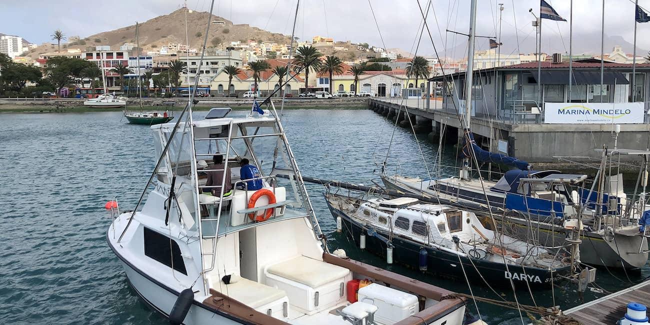 Big-Game-Boote im Hafen von Mindelo