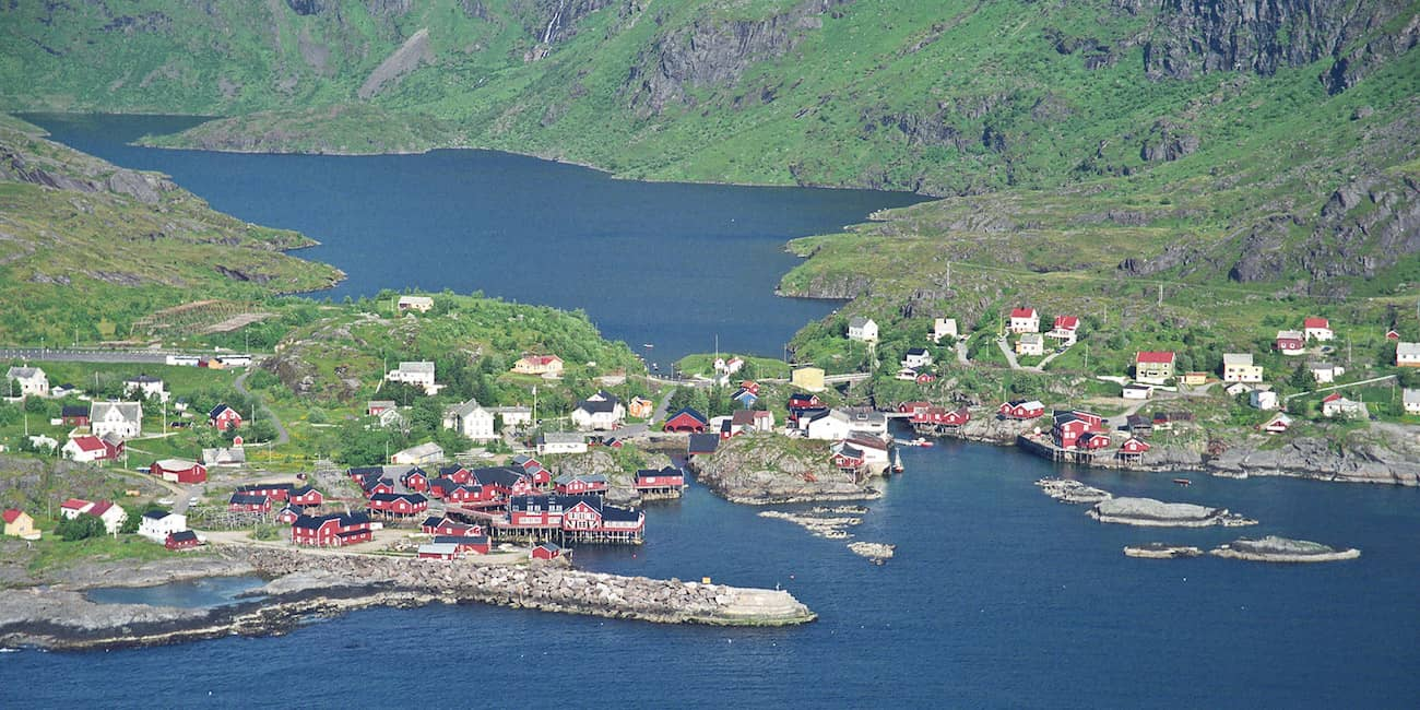 Fantastic location: Å is surrounded by mountains, lakes and the sea